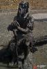 Скульптурная группа «Первобытные люди» (Ханты-Мансийск)